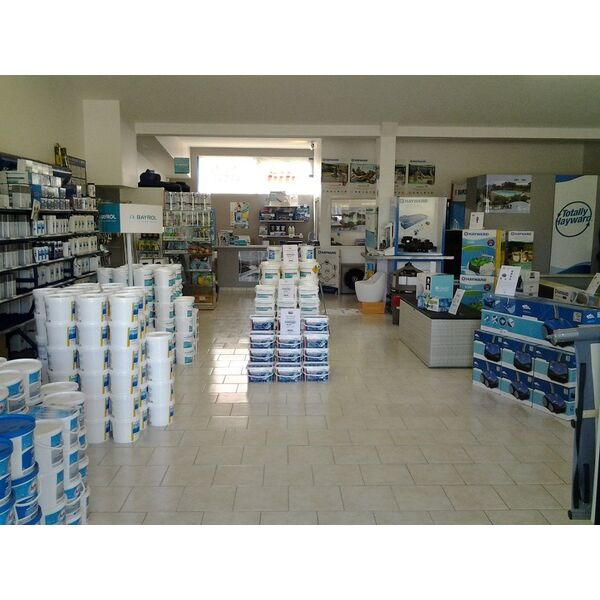 Magasin de piscine cheap magasin de piscine with magasin - Magasin jardinage lille ...