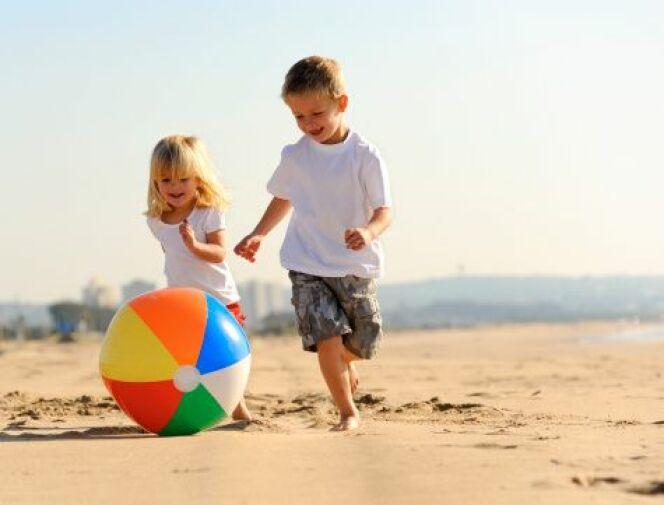 Occupez votre enfant à la plage
