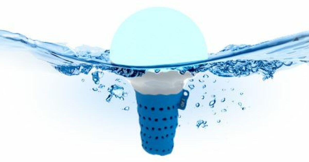 Ofi l objet flottant intelligent qui analyse l eau de - Analyse de l eau piscine ...