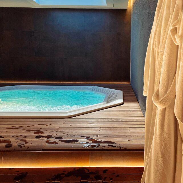 De bons matériaux assureront l'isolation de votre spa