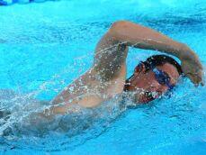 Comment nager le crawl sans se fatiguer ?