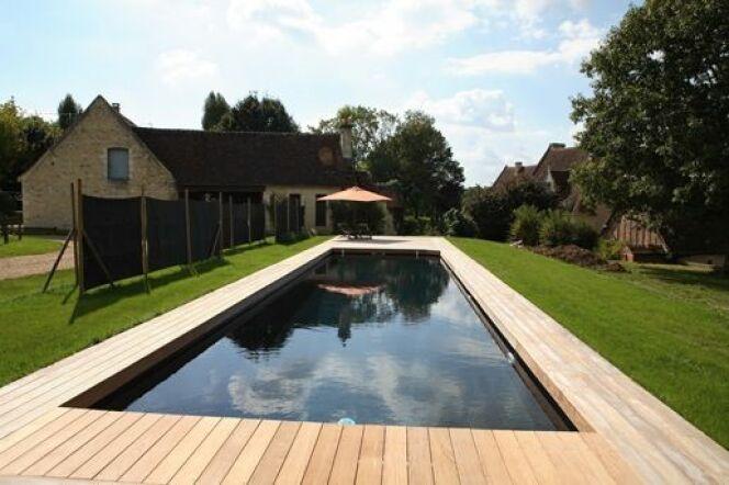"Optez pour une piscine basse consommation Caron<span class=""normal italic petit"">© Caron Piscines</span>"