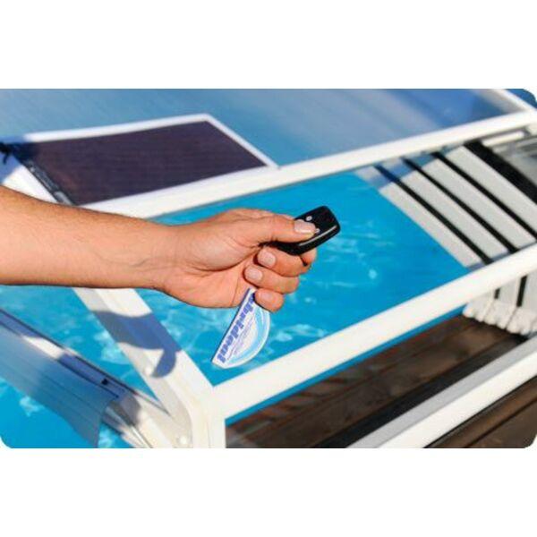 Options et accessoires pour abri de piscine for Accessoire pour piscine