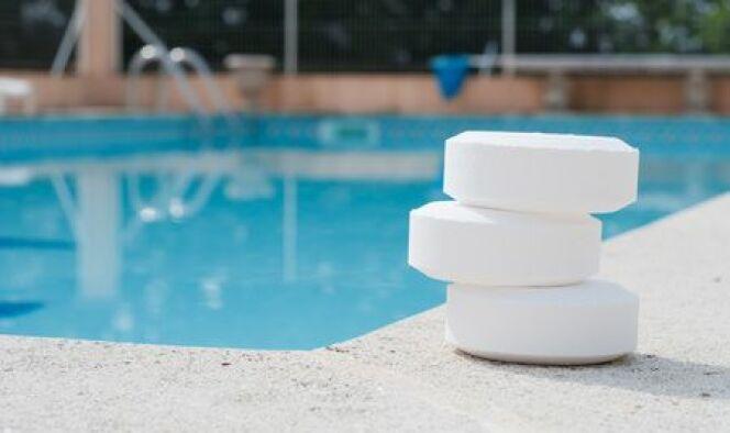 Où placer le chlore dans une piscine ?