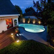 De a z autour de la piscine tout pour l 39 am nagement for Accessoire piscine 62