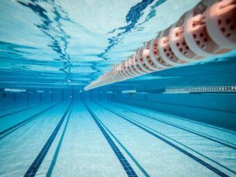 Peut-on nager la brasse sur le dos ?