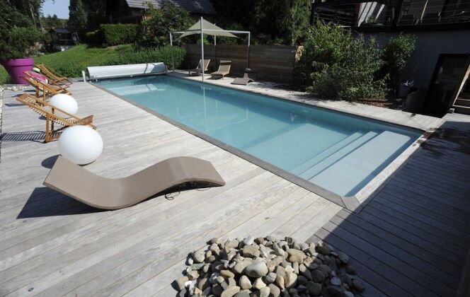 Photos de terrasses de piscine © Piscines de France