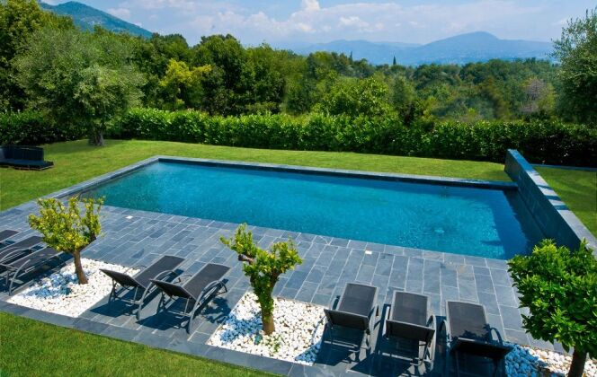 Photos de terrasses de piscine © Diffazur Piscines