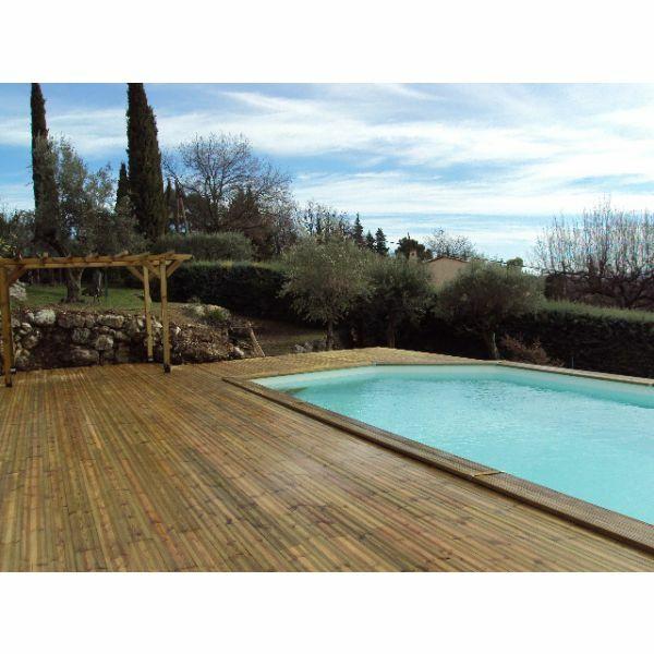 Piscine piscin83 cuers pisciniste var 83 - Terrasse bois piscine semi enterree versailles ...