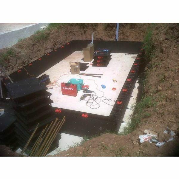 Piscine piscin83 cuers pisciniste var 83 for Constructeur piscine beton var