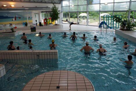 Piscine à Avoine : les cours d'aquagym