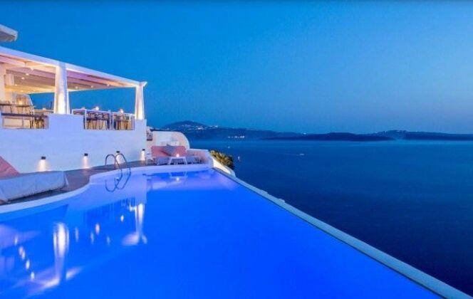 Piscine à débordement avec vue sur mer, Katikies Hotel – Santorin (Grèce) © TripAdvisor