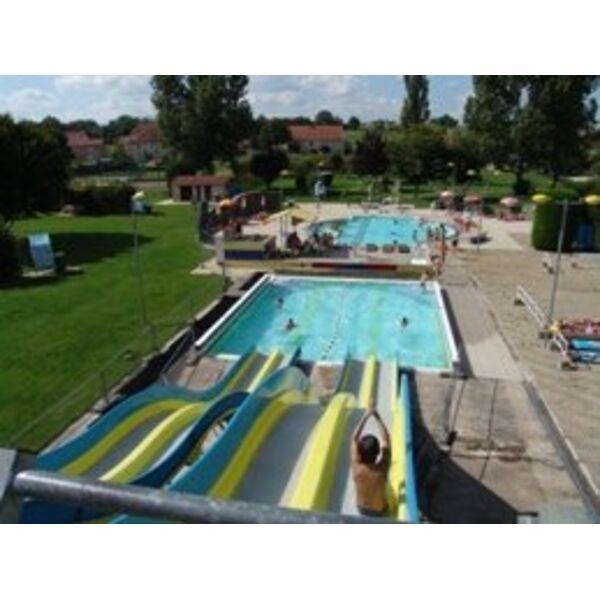 Piscine noidans le ferroux horaires tarifs et photos for Horaire de la piscine