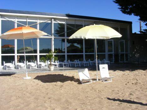 """Piscine à Patay : en été, on se croirait à la plage !<span class=""""normal italic petit"""">DR</span>"""