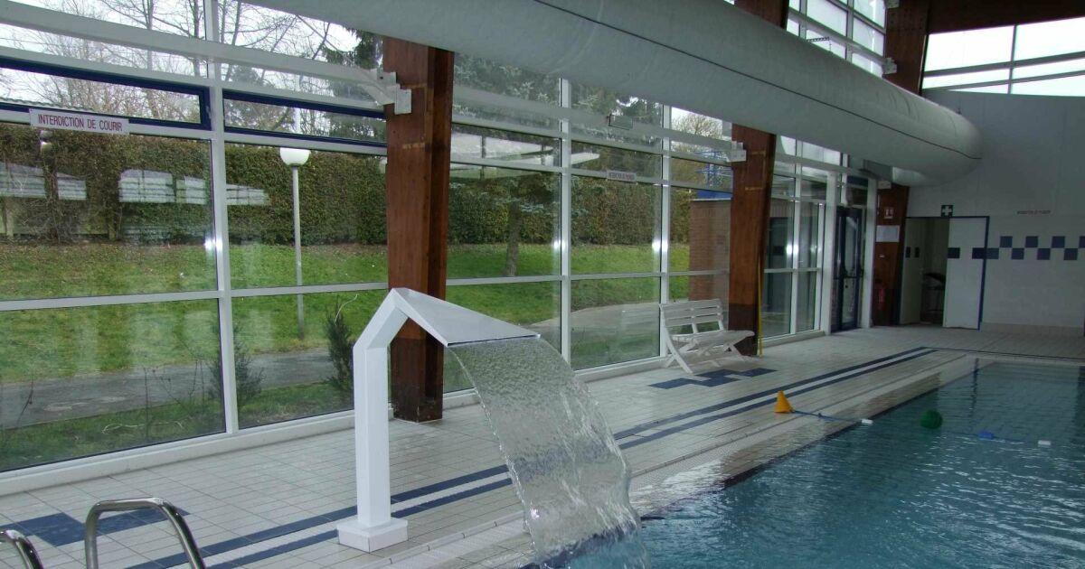 piscine solesmes horaires tarifs et photos guide. Black Bedroom Furniture Sets. Home Design Ideas