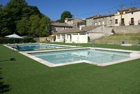 """La plage de la piscine à Uzes a été réaménagée.<span class=""""normal italic petit"""">DR</span>"""