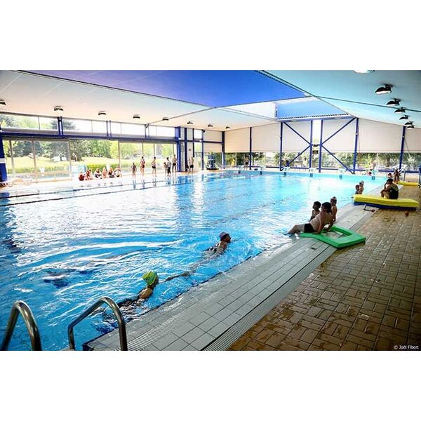 Centre nautique piscine villeneuve saint georges for Piscine saintes