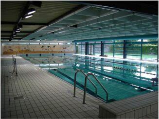 Piscine à Villers Bocage : le bassin de 25m.