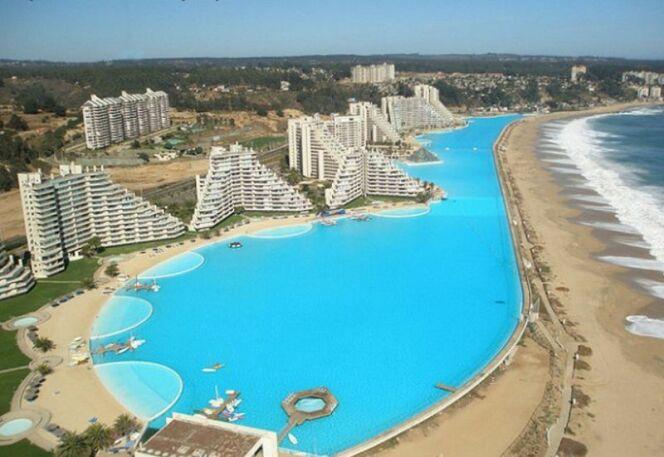Piscine d'Algarrobo, plus grande piscine du monde, Chili