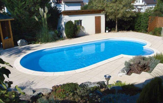 Reportage photos piscines ovale diaporama piscine for Taille standard piscine rectangulaire