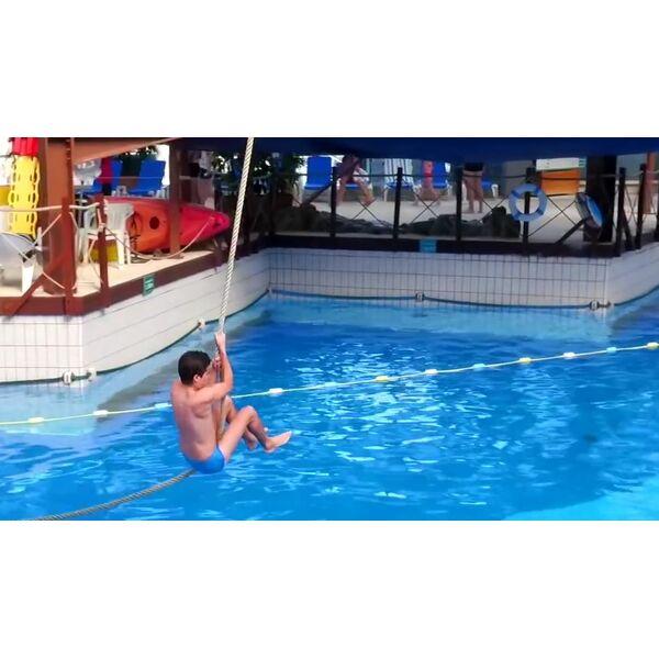 piscine aquaboulevard paris 15e horaires tarifs et t l phone. Black Bedroom Furniture Sets. Home Design Ideas