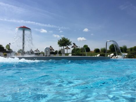 Piscine Aquabulle à Laval