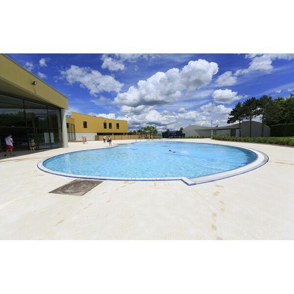 Piscine hiver lyon for Centre claude robillard horaire piscine