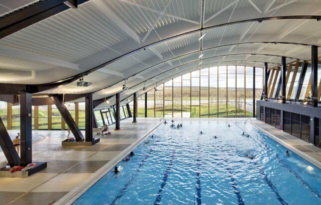 Piscine Aqualude à Mantes la Jolie : le bassin sportif