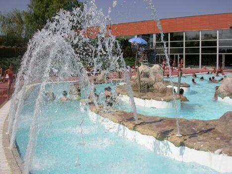 "Piscine Aqualudia à Muret : le bassin de plein air<span class=""normal italic"">DR</span>"