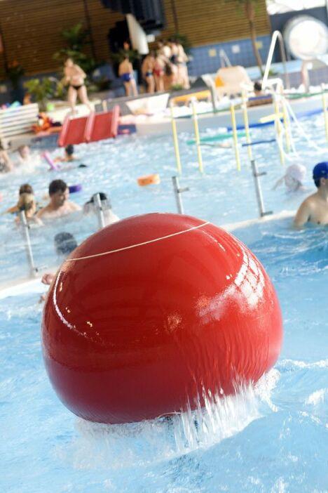 """La piscine Aquapaq de Kergoaler à Quimperlé est équipée de jeux d'eau<span class=""""normal italic petit"""">DR</span>"""