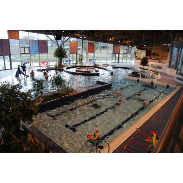 Piscine aquatis foug res horaires tarifs et t l phone for Tarif bache pour bassin