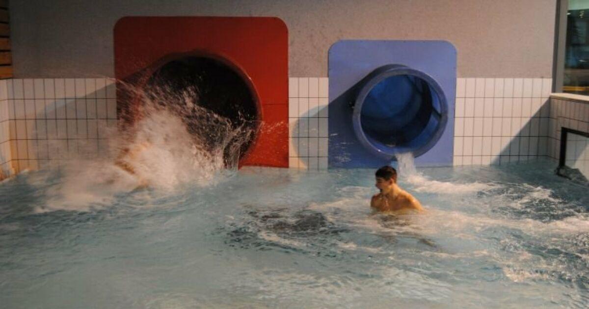piscine aquatis foug res horaires tarifs et photos guide. Black Bedroom Furniture Sets. Home Design Ideas