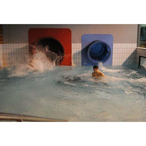 Piscine aquatis foug res horaires tarifs et photos for Piscine avranches