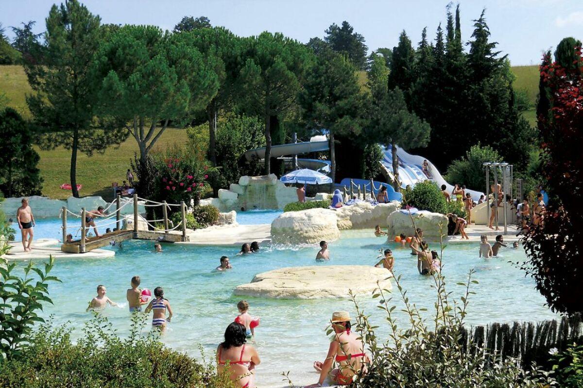 Piscine Aquaval à Lautrec - Horaires, tarifs et téléphone - Guide-Piscine.fr