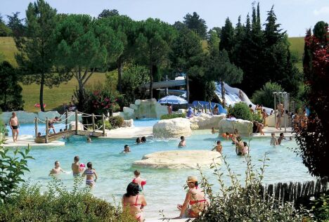 Piscine Aquaval à Lautrec