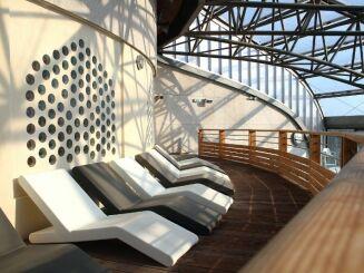 Un petit bain de soleil à la piscine Archipel à Agde ?
