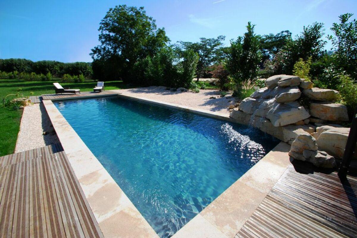 Piscine Tubulaire Habillage Bois la piscine d'aspect bois : belle à regarder, facile à