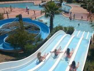 Une petite descente en toboggan à la piscine Atlantic Park à Seignosse ?