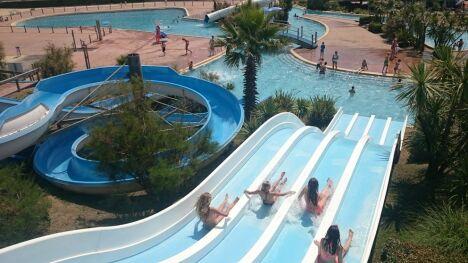 """Une petite descente en toboggan à la piscine Atlantic Park à Seignosse ?<span class=""""normal italic petit"""">DR</span>"""