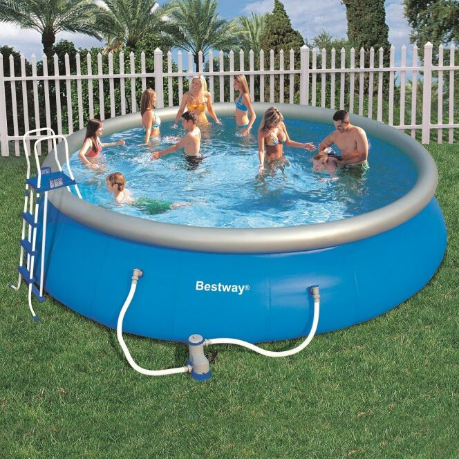 Piscine gonflable bestway for Petit aspirateur piscine gonflable