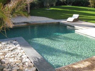 Les plus belles piscines avec de la mosaïque