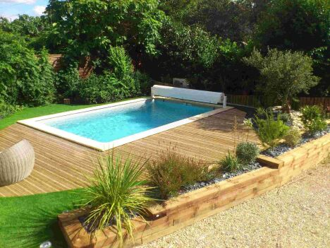 """Piscine coque polyester volet roulant<span class=""""normal italic petit"""">DR</span>"""