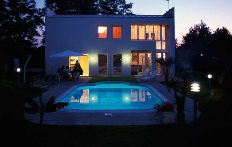 "Piscine ""Barbara"" Waterair de nuit  <span class=""normal italic petit"">© Waterair</span>"