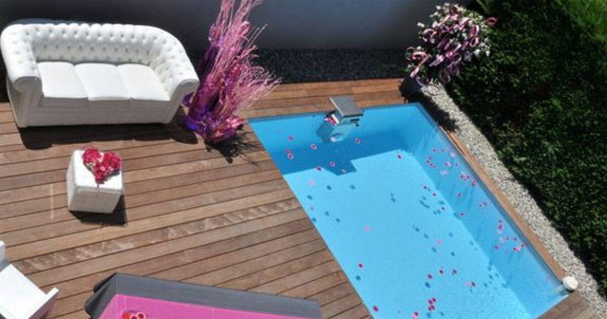 photo de piscines avec terrasse salon de jardin piscine bo photo 2. Black Bedroom Furniture Sets. Home Design Ideas