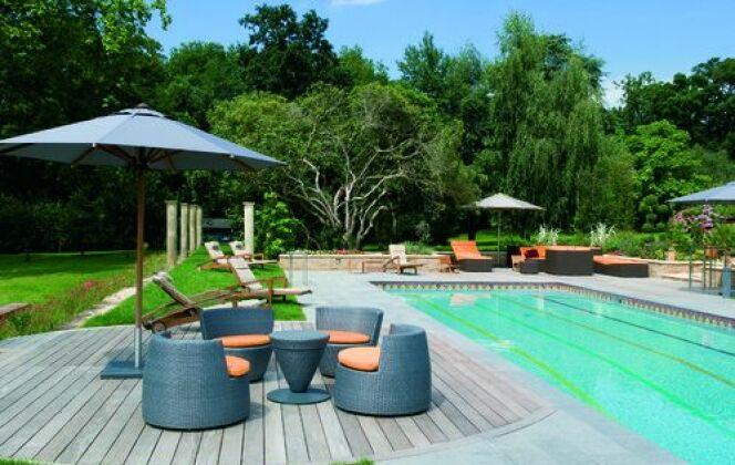 O'concept piscines vous présentes une piscines 8mx4m avec aménagement ( terrasse) DR