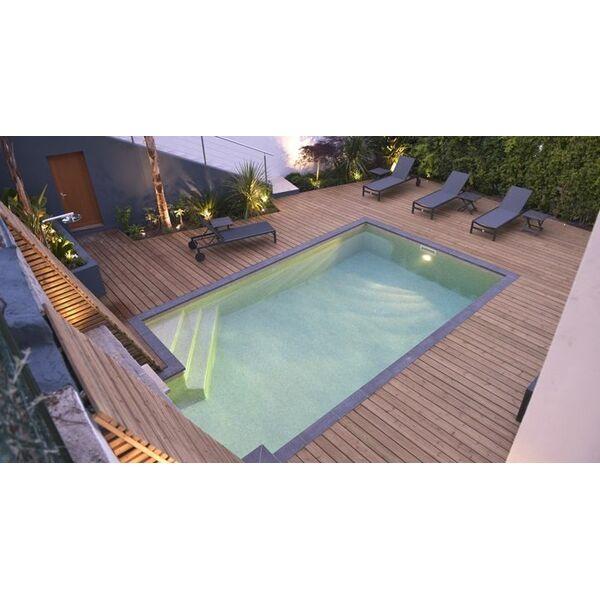 piscine carr e 7x4m carr bleu piscine enterr e piscines. Black Bedroom Furniture Sets. Home Design Ideas