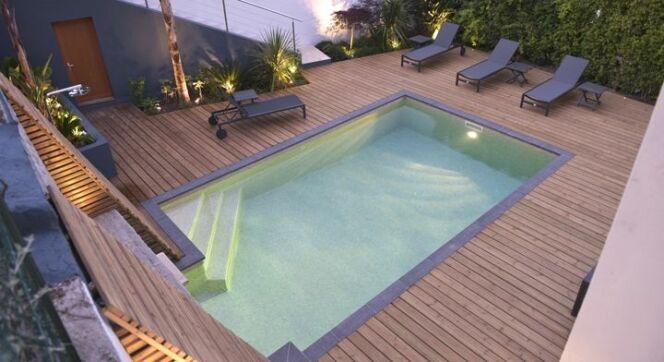 piscine carr e 7x4m carr bleu piscine enterr e piscines carr bleu. Black Bedroom Furniture Sets. Home Design Ideas