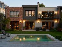 Petite piscine carrée par Carré Bleu
