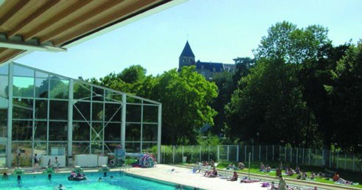 piscine chateau gontier horaires tarifs et t l phone. Black Bedroom Furniture Sets. Home Design Ideas