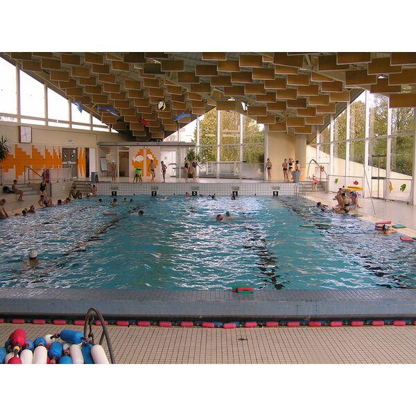Piscine chemin vert caen horaires tarifs et photos - Horaire de la piscine de falaise ...
